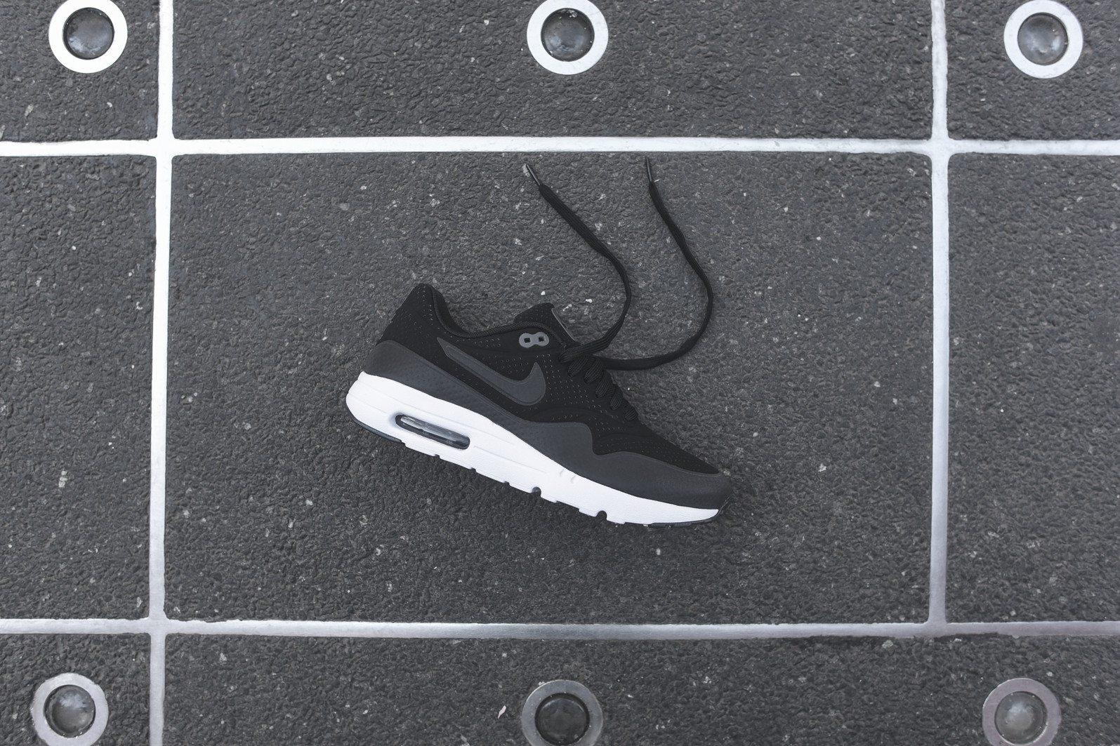 Nike Air Max 1 Ultra Moire Black Dark Grey White 1