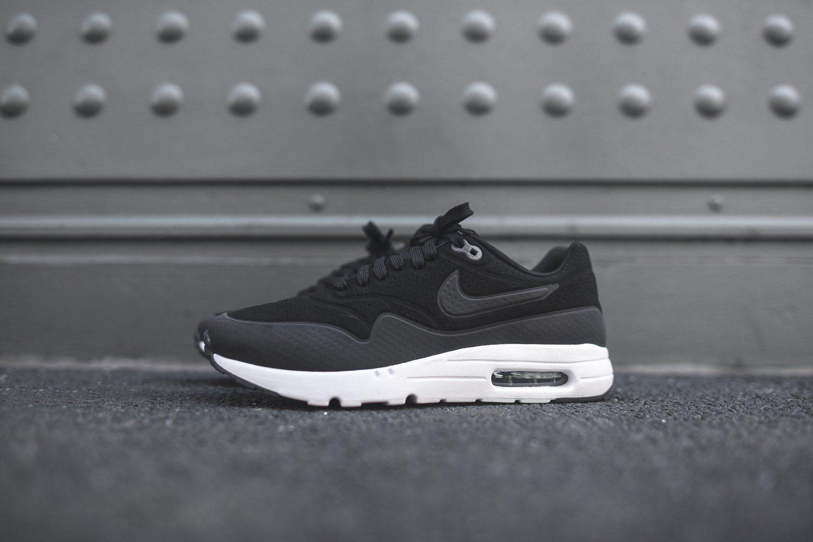 Nike Air Max 1 Ultra Moire Black Dark Grey White 3