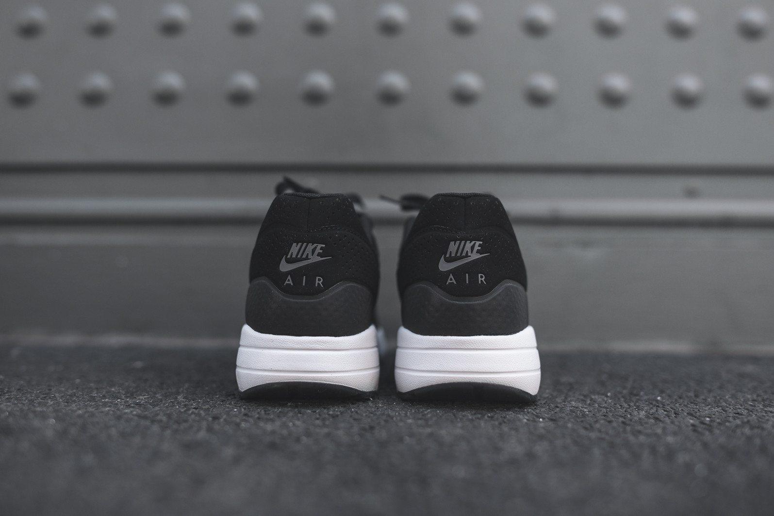 Nike Air Max 1 Ultra Moire Black Dark Grey White 5