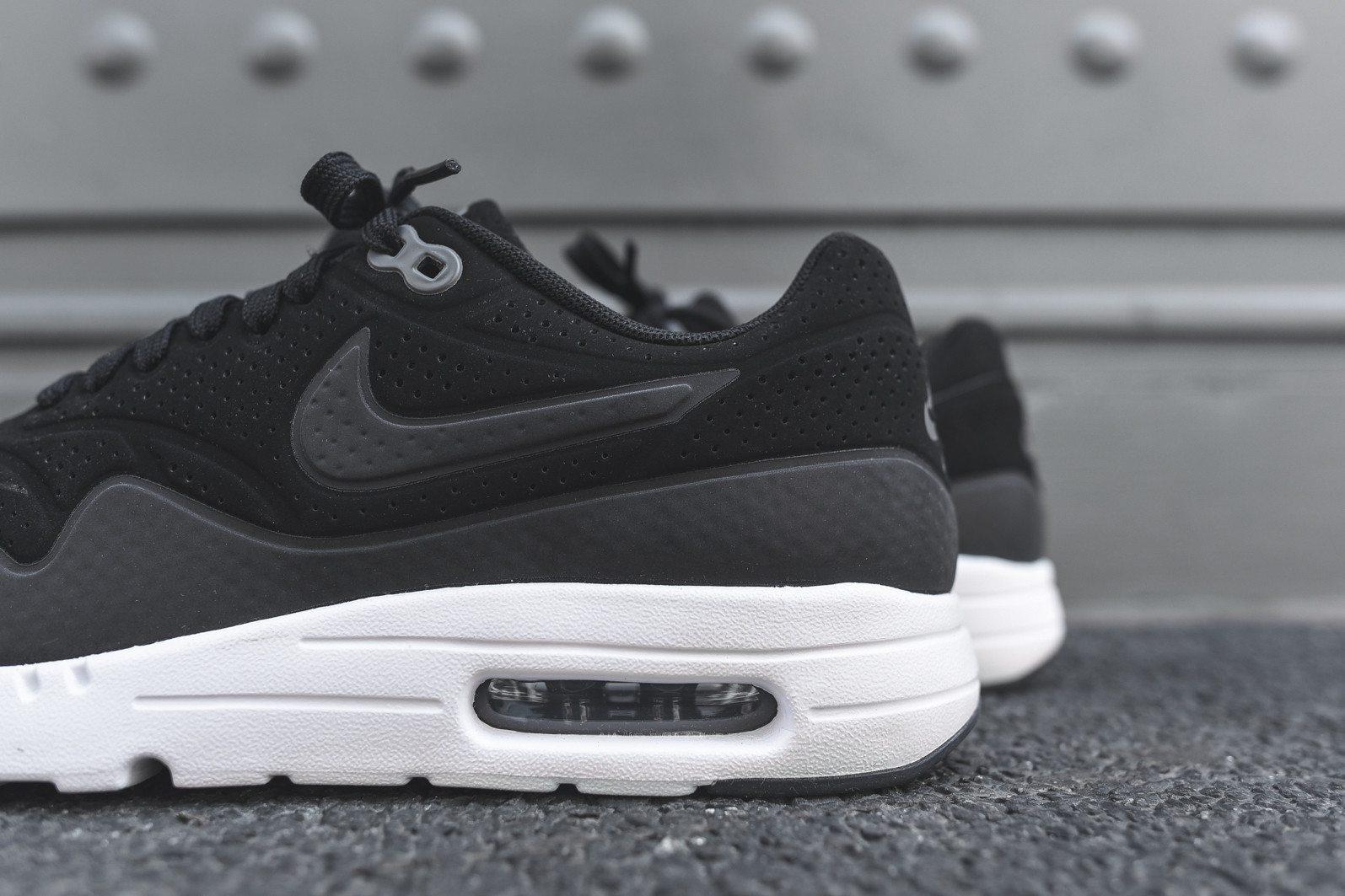 Nike Air Max 1 Ultra Moire Black Dark Grey White 7
