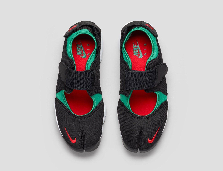 Nike Air Rift 16