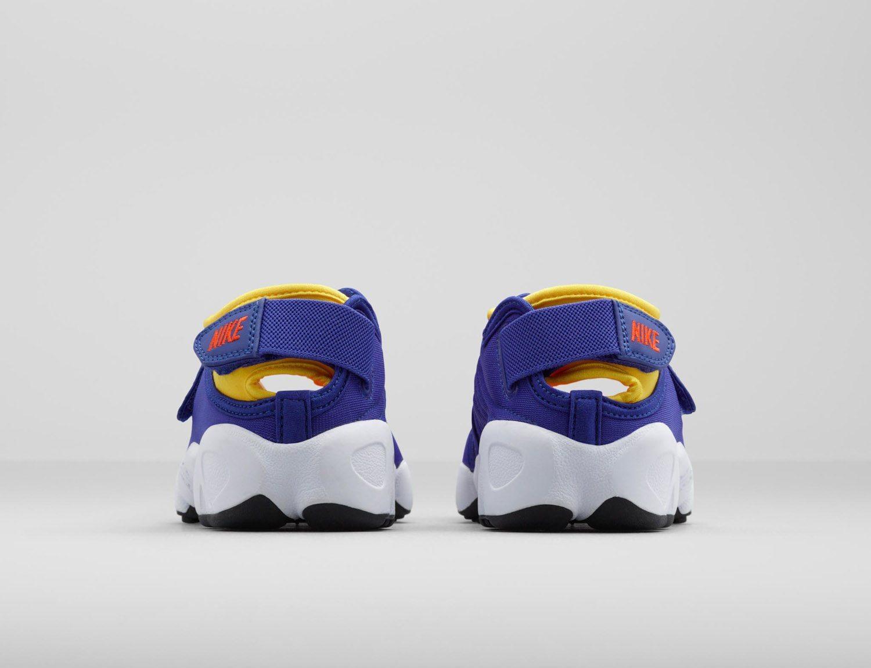 Nike Air Rift 21