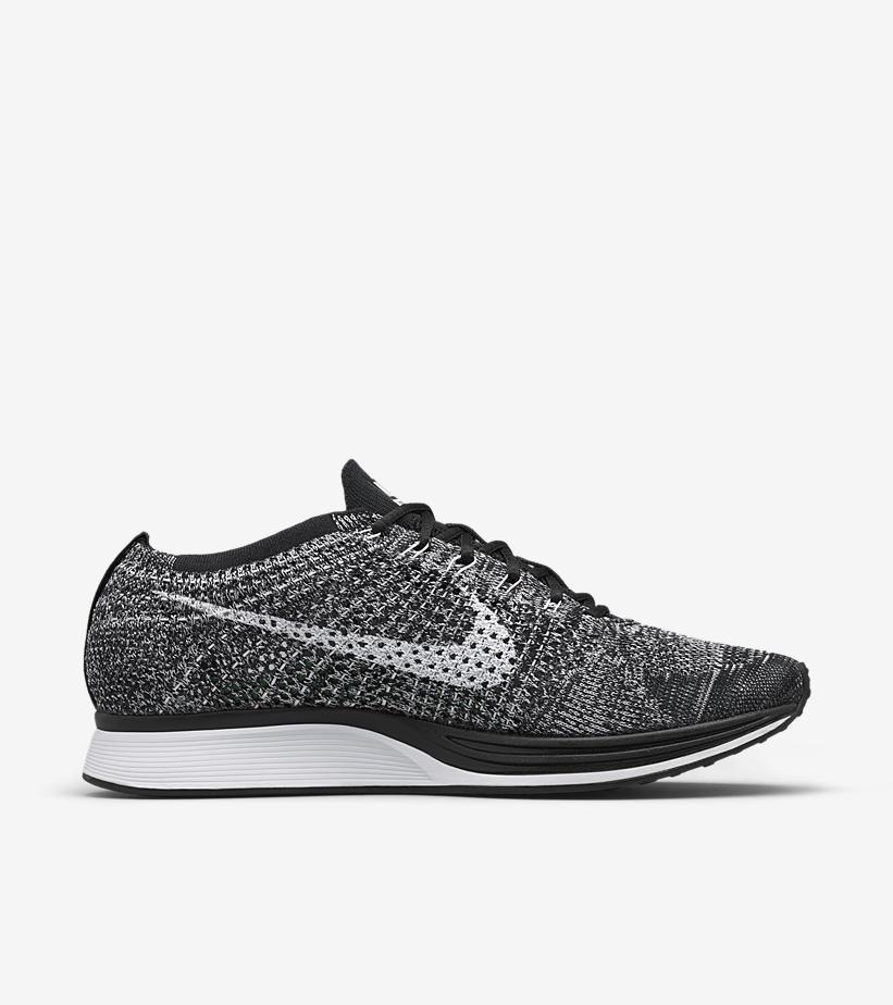 Nike Flyknit Racer Oreo 526628 012 2