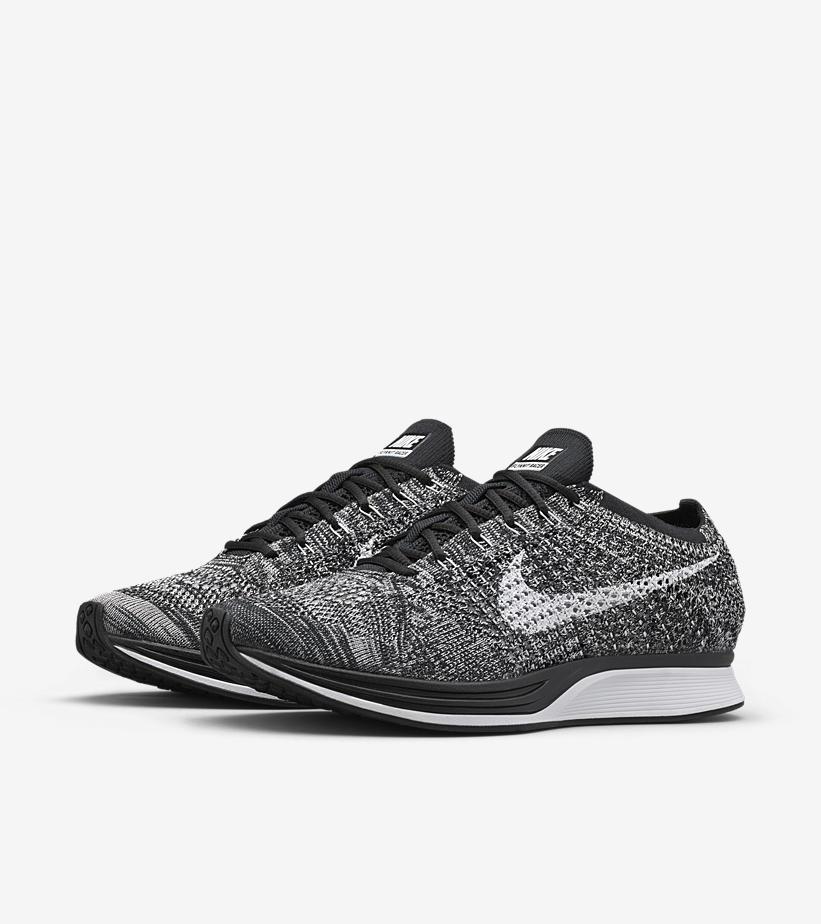 Nike Flyknit Racer Oreo 526628 012 4
