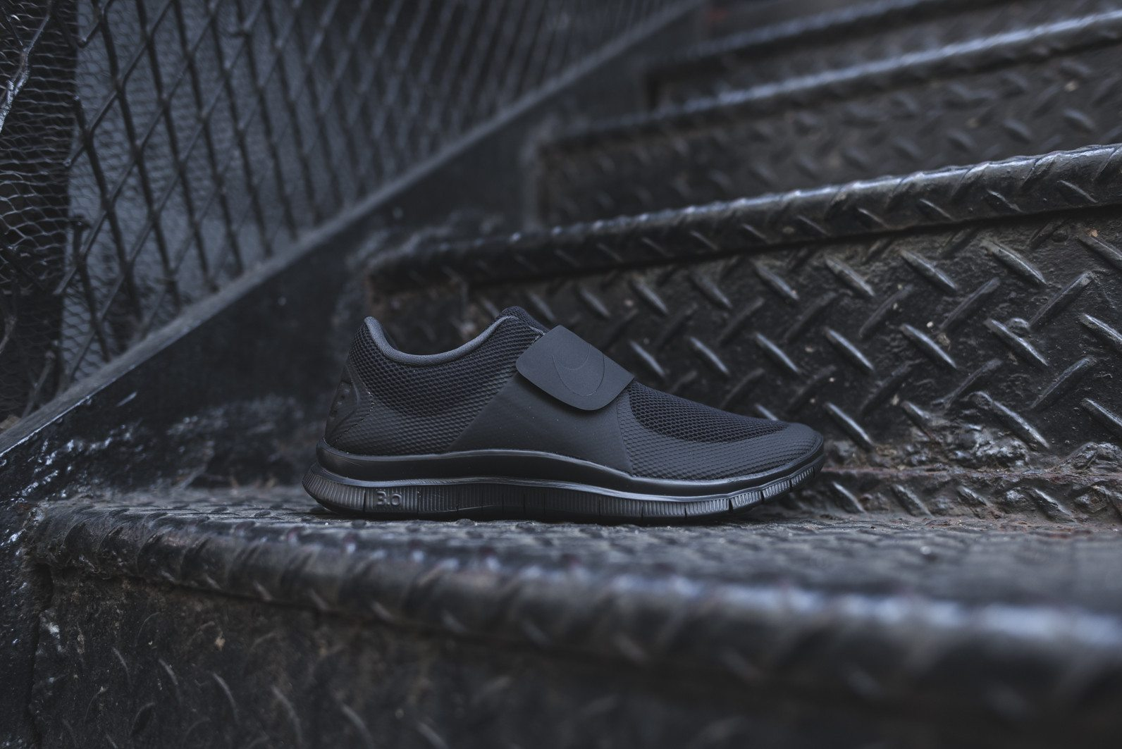 Nike Free Socfly Black Anthracite 1