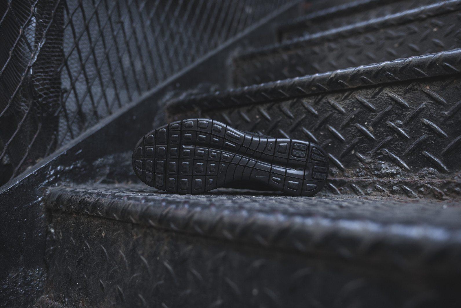 Nike Free Socfly Black Anthracite 5