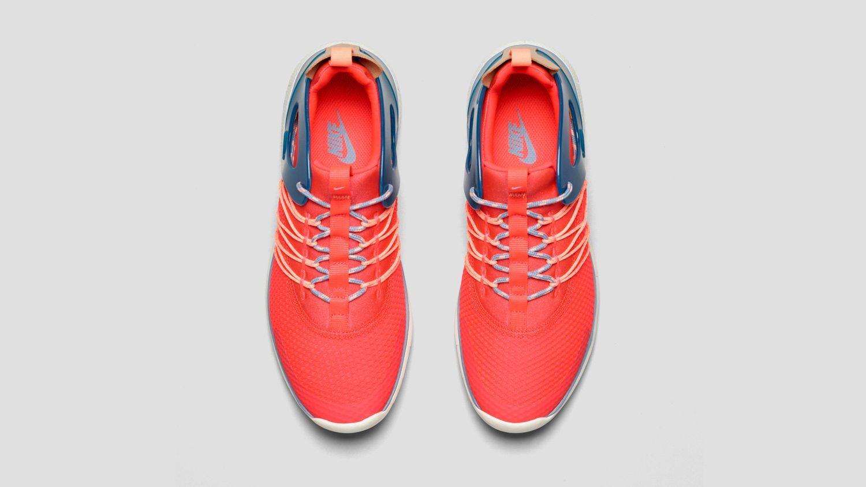 Nike Free Viritous Nike Free Socfly 3