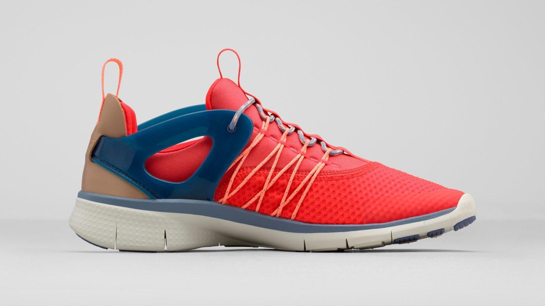 Nike Free Viritous Nike Free Socfly 4