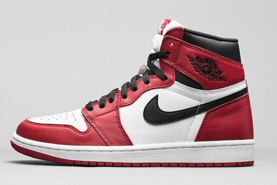 Air Jordan 1 Retro High OG Varsity Red