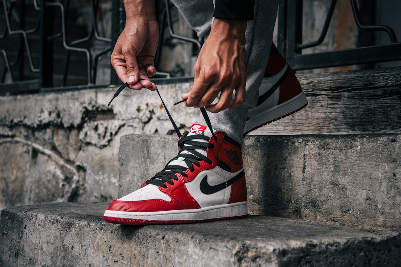 Air Jordan 1 Retro OG Chicago 1