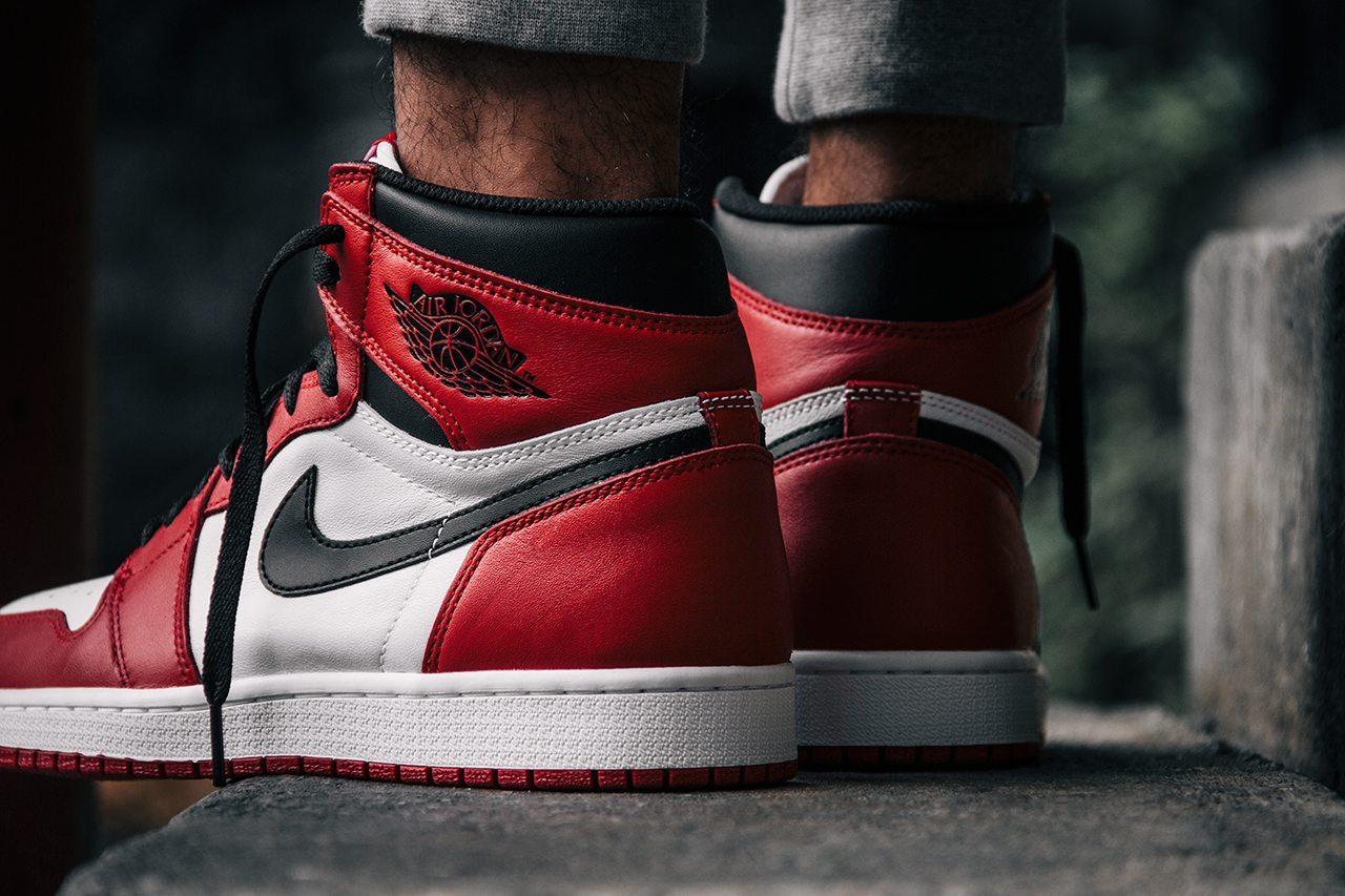 Air Jordan 1 Retro OG Chicago 2