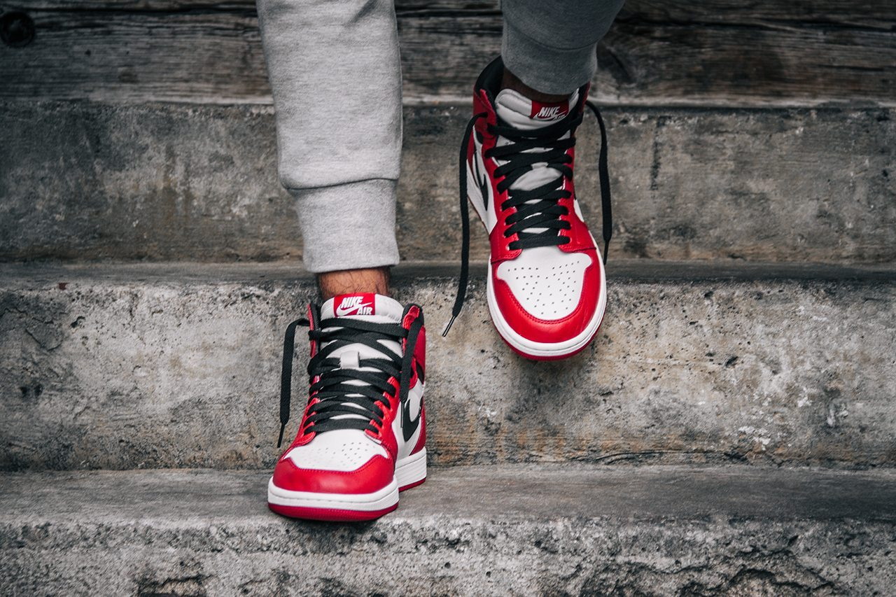 Air Jordan 1 Retro OG Chicago 3