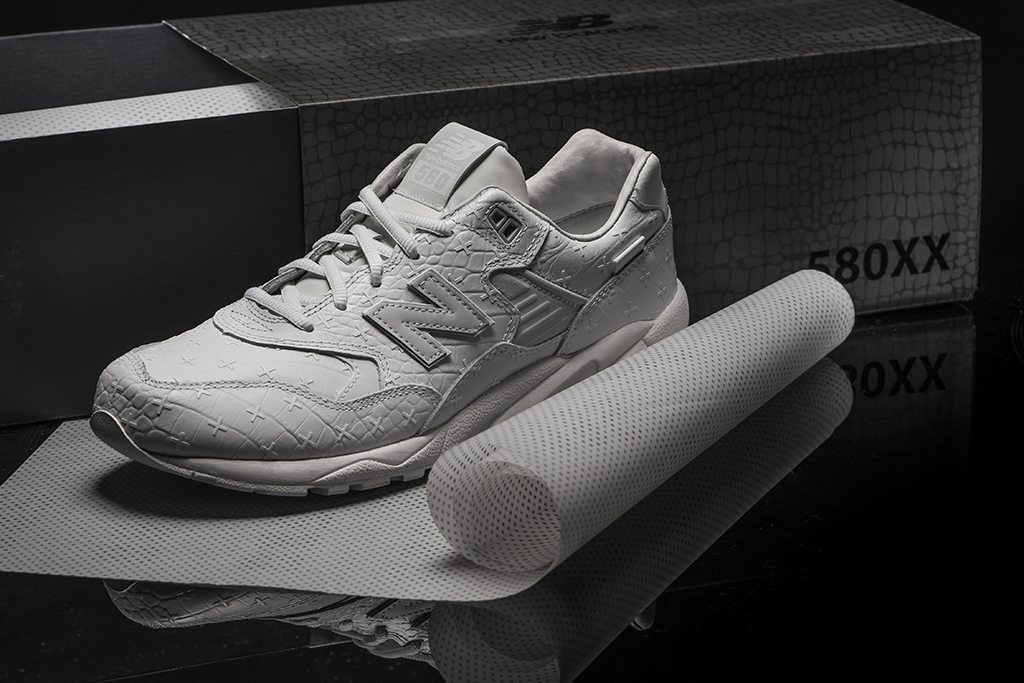 New Balance MRT580XX All White Special Edition 4