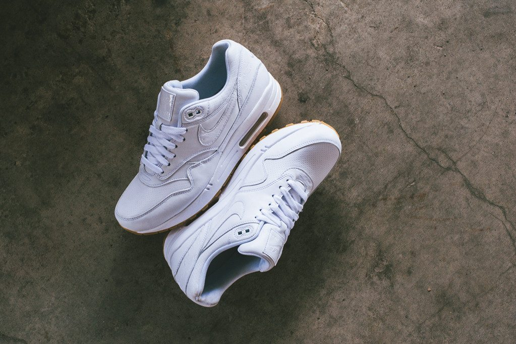 Nike Air Max 1 Leather PA Ostrich White Gum 1