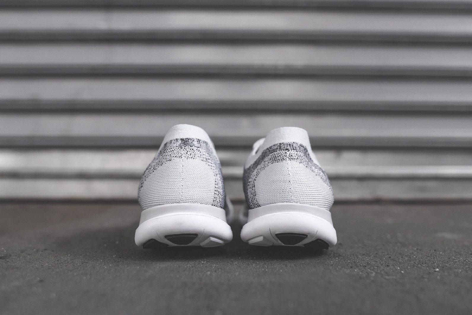 Nike Flyknit Free 4.0 Pure Platinum 4