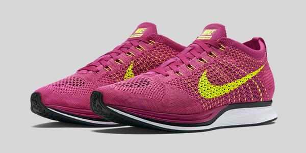 Nike Flyknit Racer Fireberry Pink Flash