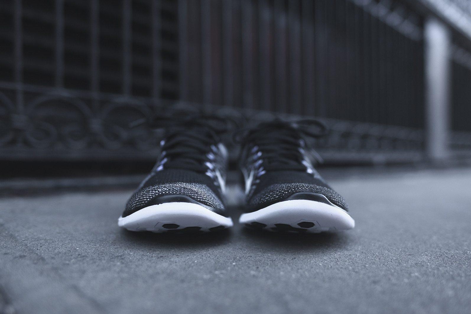 Nike Free 4.0 Flyknit Black Wolf Grey 3