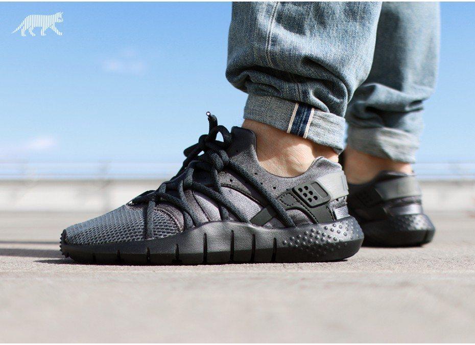 Nike Huarache NM Dark Grey