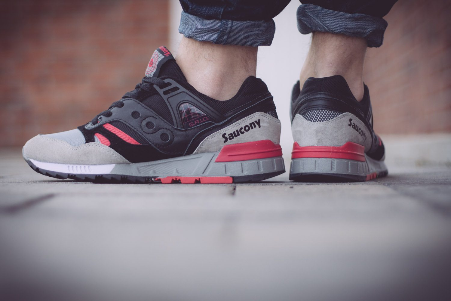 Saucony Originals Grid SD Black Grey Pink
