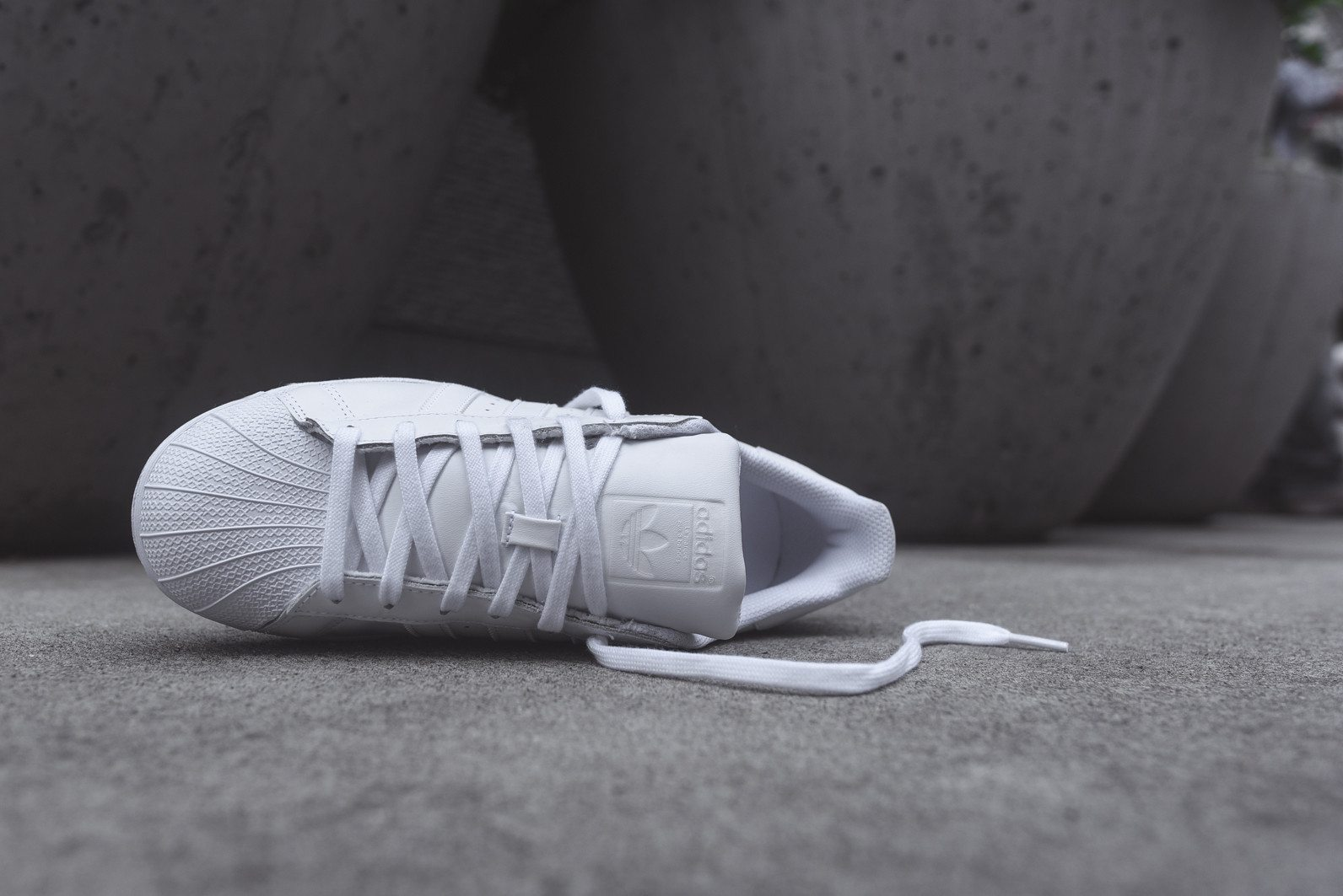 adidas Originals Superstar All White 8