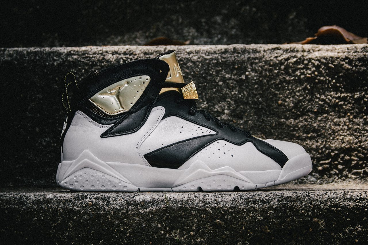 Air Jordan 7 Retro Cigar Champagne Pack 2