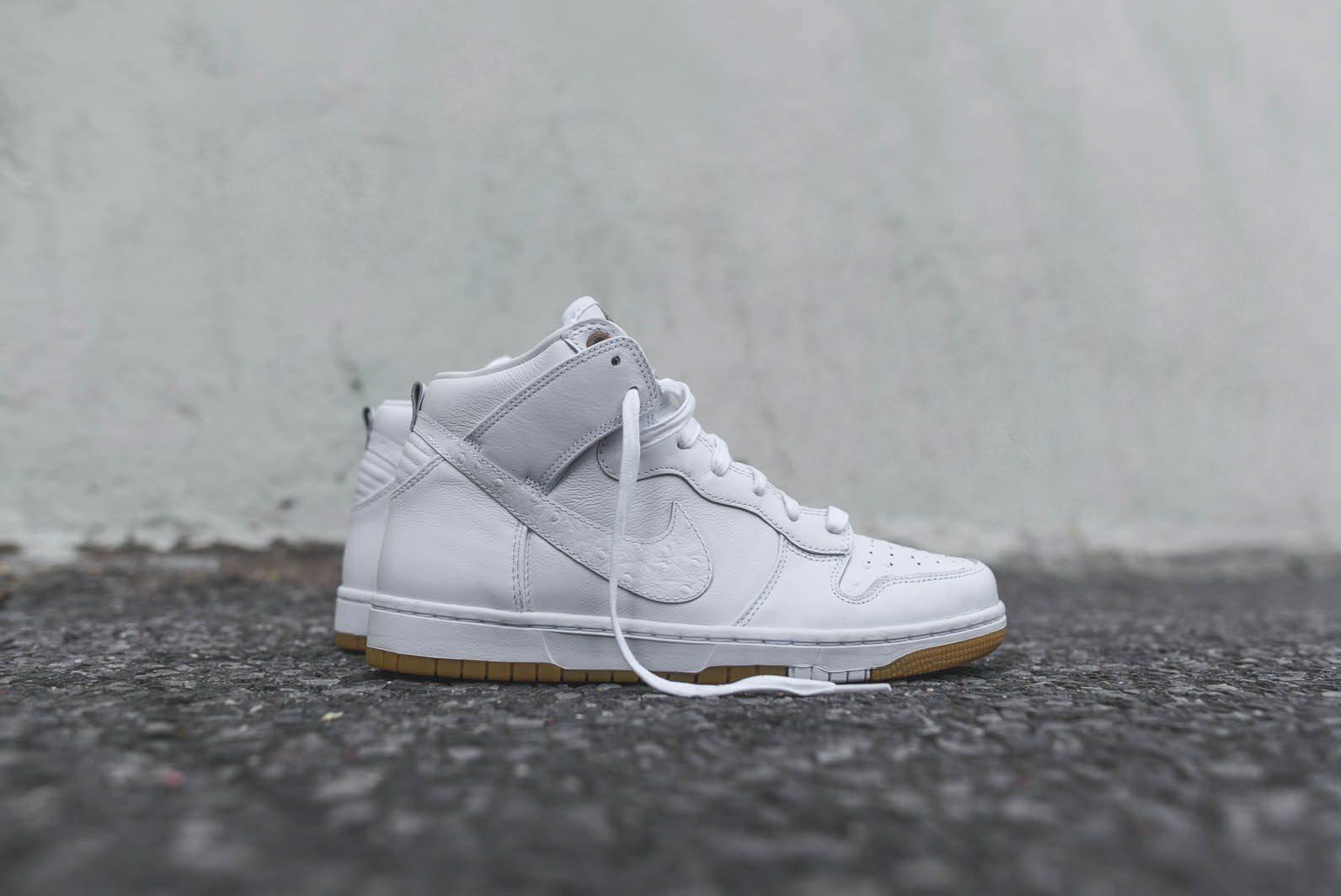Nike Sportswear White Gum Pack 1