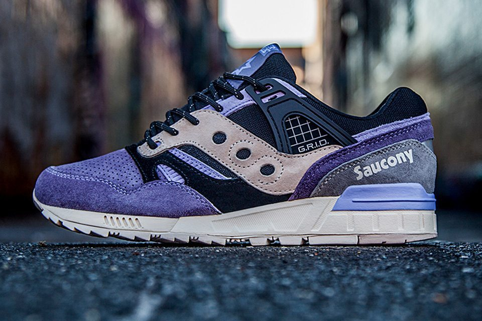 Sneaker Freaker X Saucony Grid SD Kushwhacker 01
