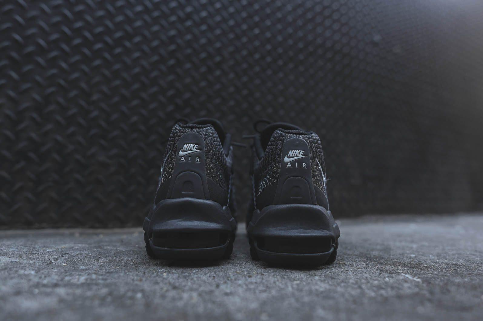 Nike Air Max 95 Ultra JCRD Black Dark Grey 4