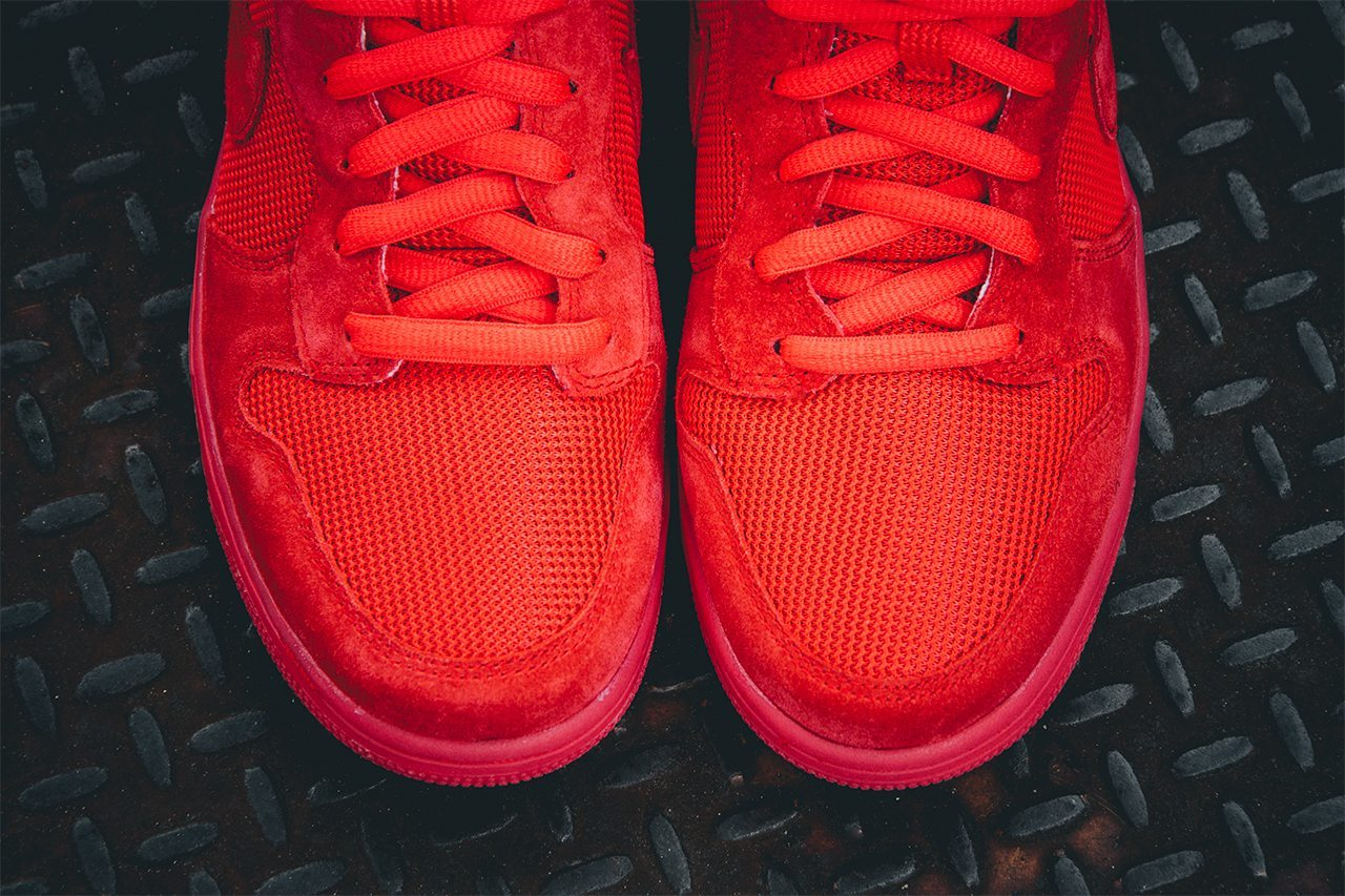 Nike Dunk CMFT PRM Light Crimson 3