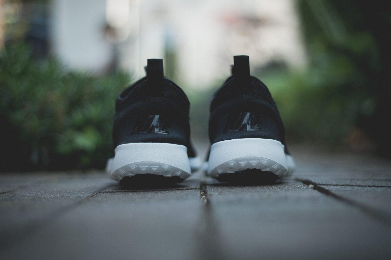 Nike Juvenate Black White 8