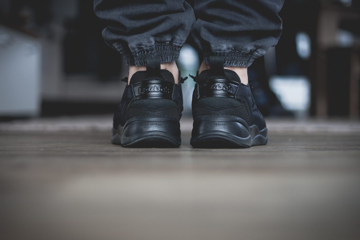 Reebok Classic Fury Lite All Black 10