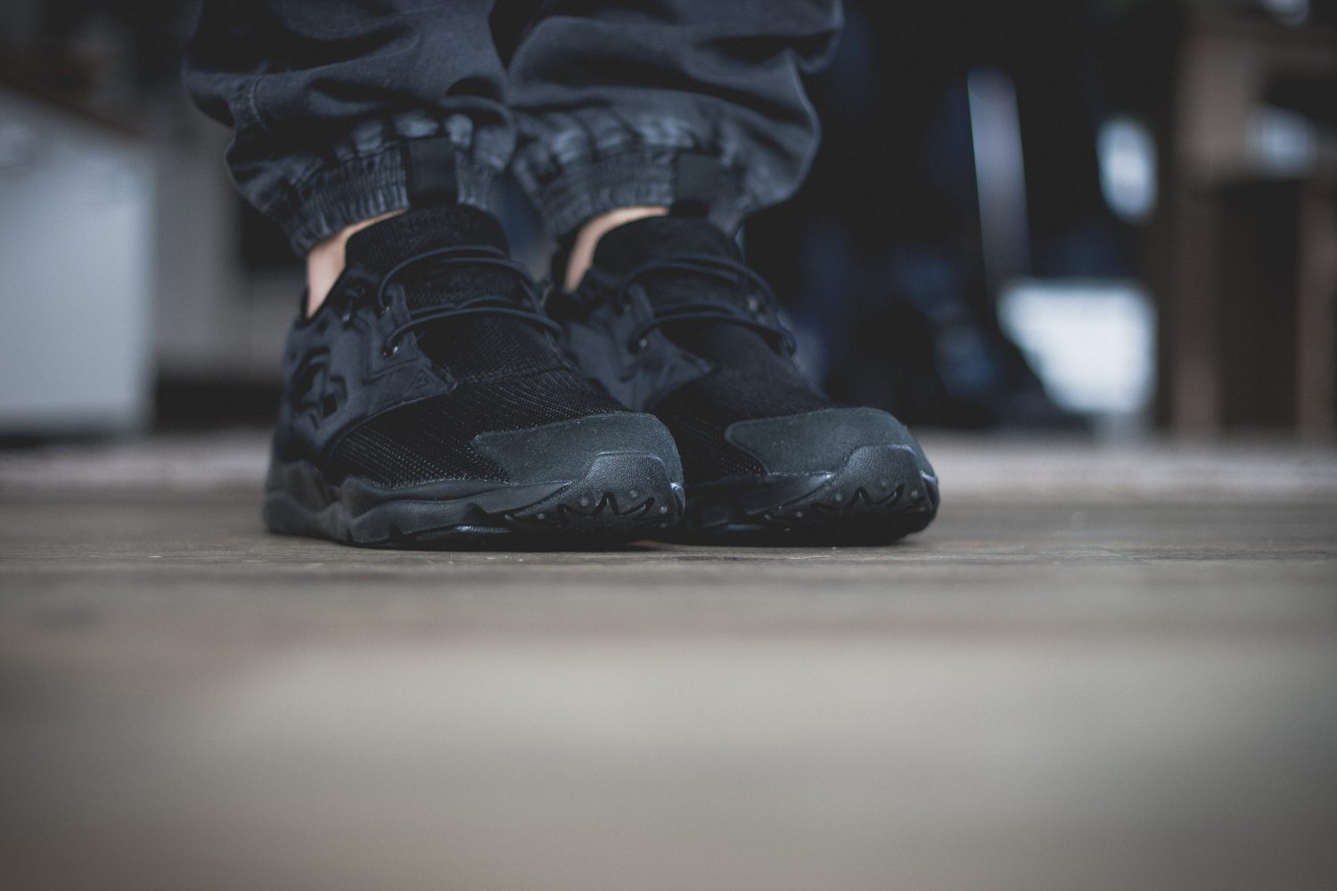 Reebok Classic Fury Lite All Black 3