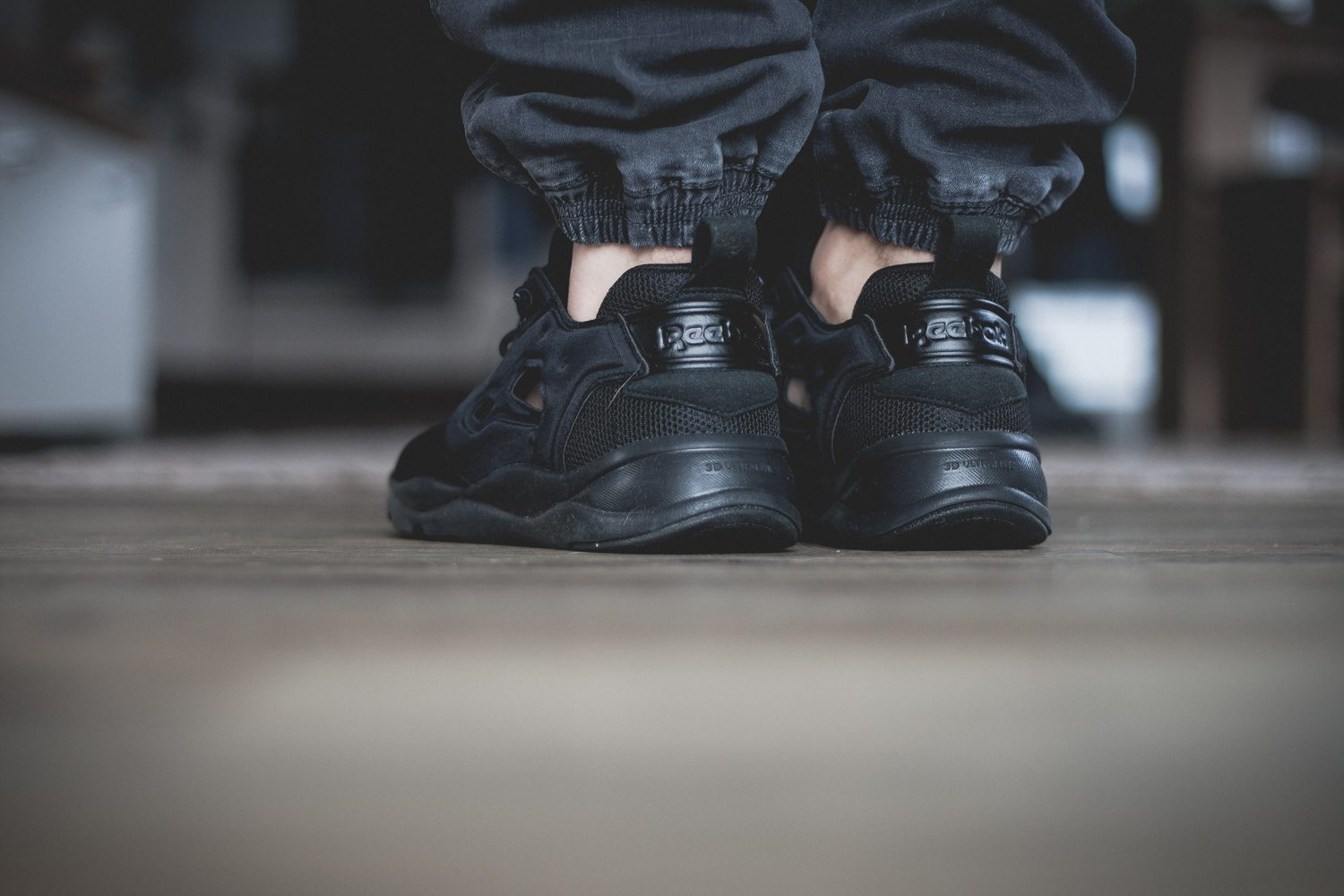 Reebok Classic Fury Lite All Black 9