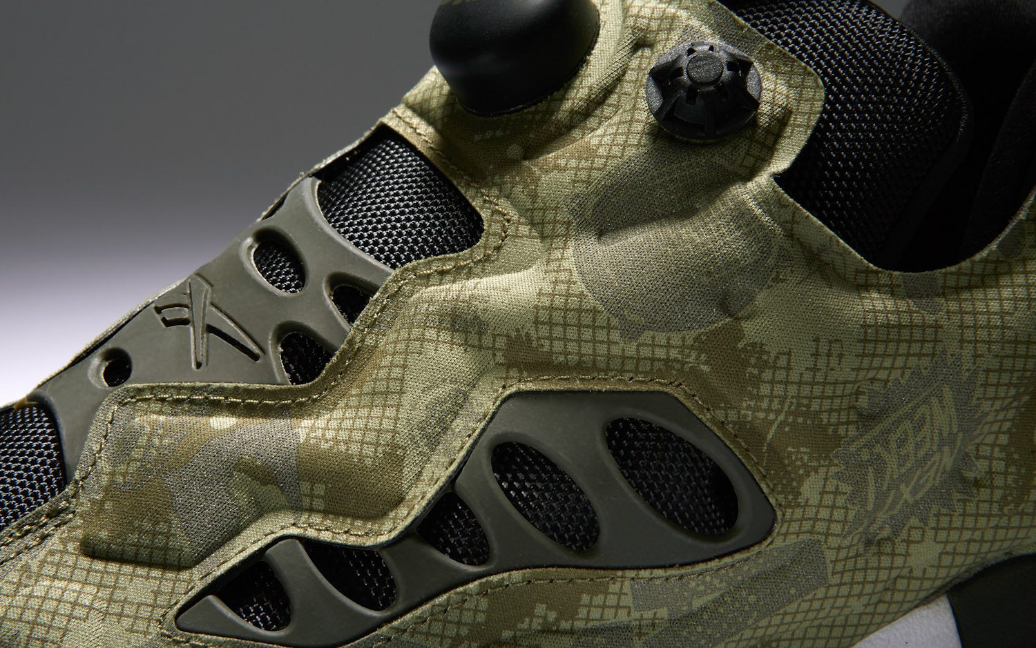 Swifty x Reebok Classic Instapump Fury Road Night Camo 9
