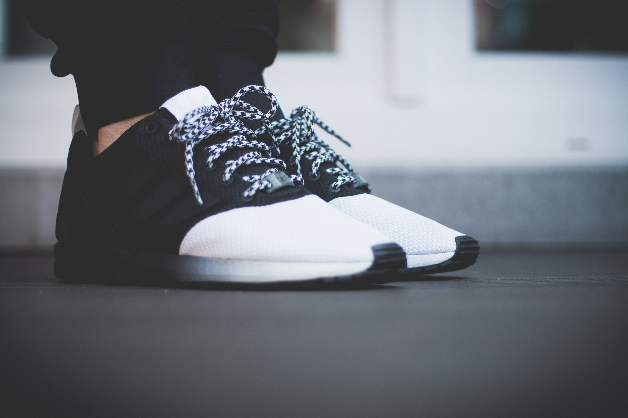 adidas Originals mi ZX Flux Forefoot Split Black White 2