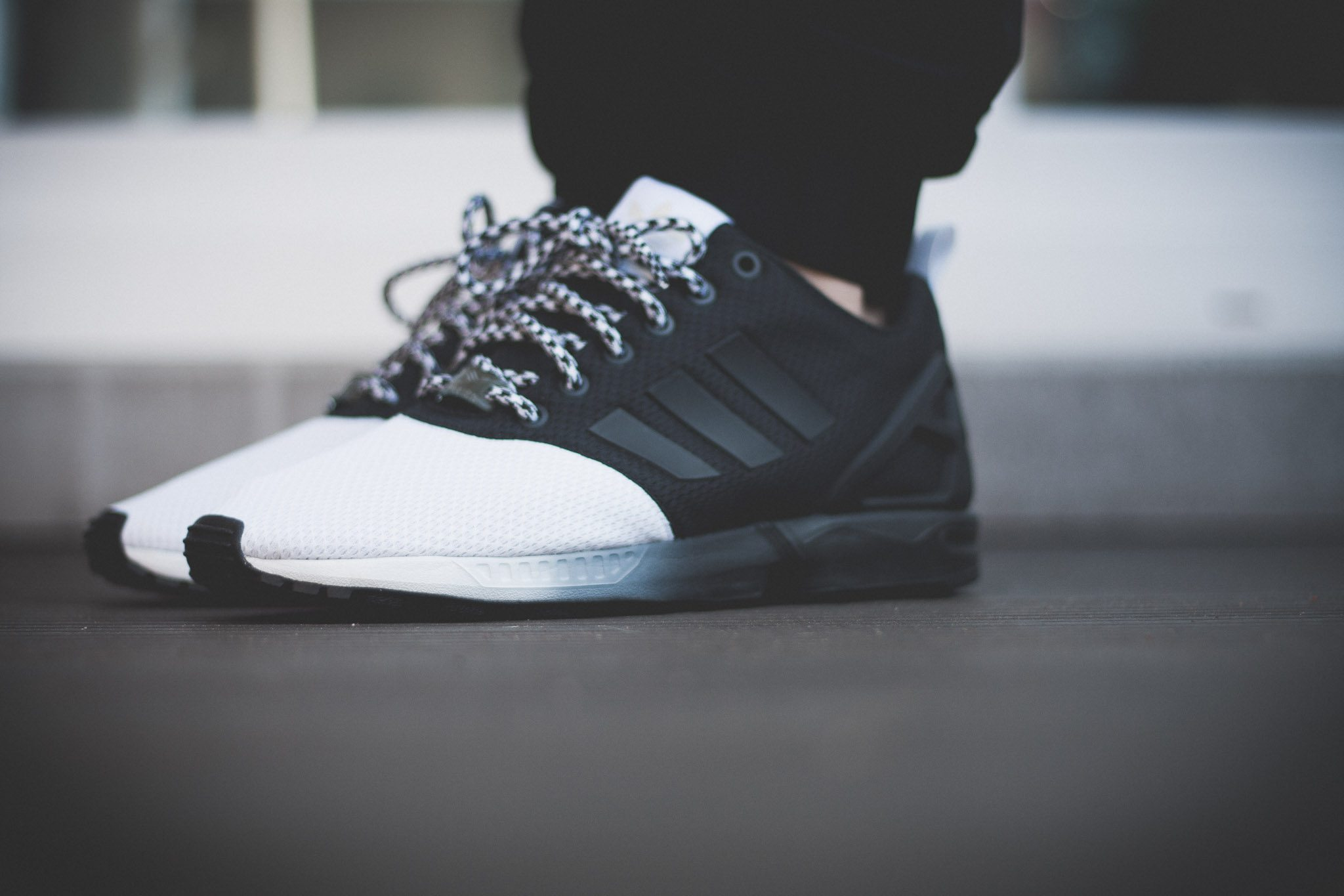 adidas Originals mi ZX Flux Forefoot Split Black White 6