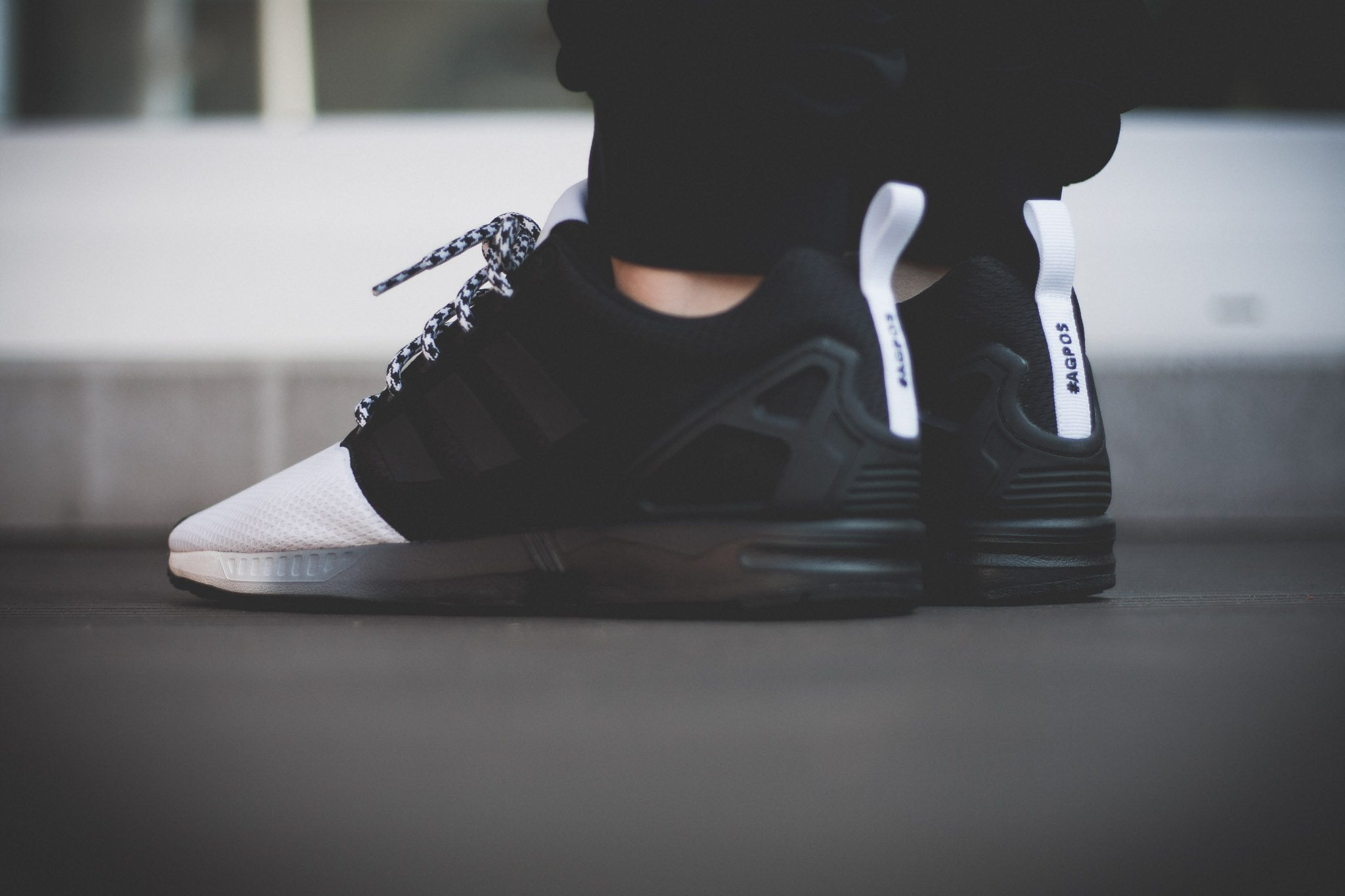 adidas Originals mi ZX Flux Forefoot Split Black White 8