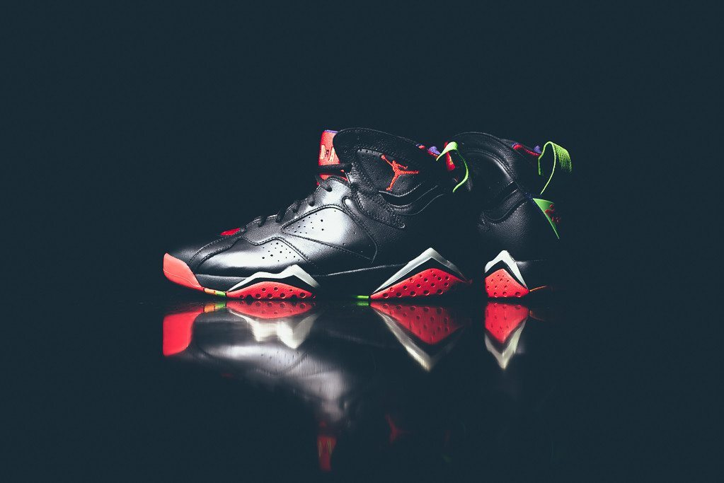 Air Jordan 7 Retro Marvin the Martian 4