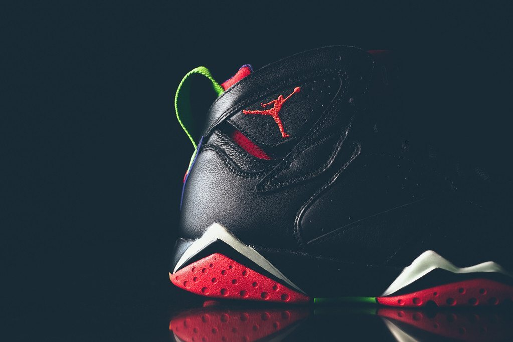 Air Jordan 7 Retro Marvin the Martian 6