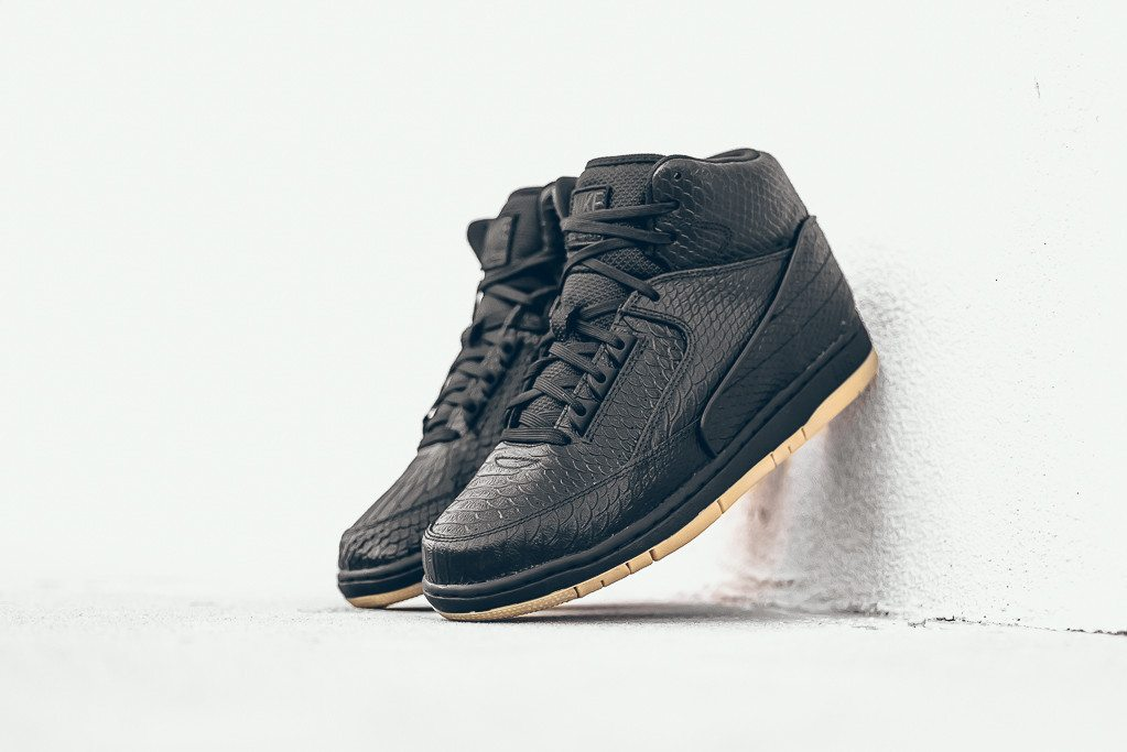 Nike Air Python PRM Black Gum 1