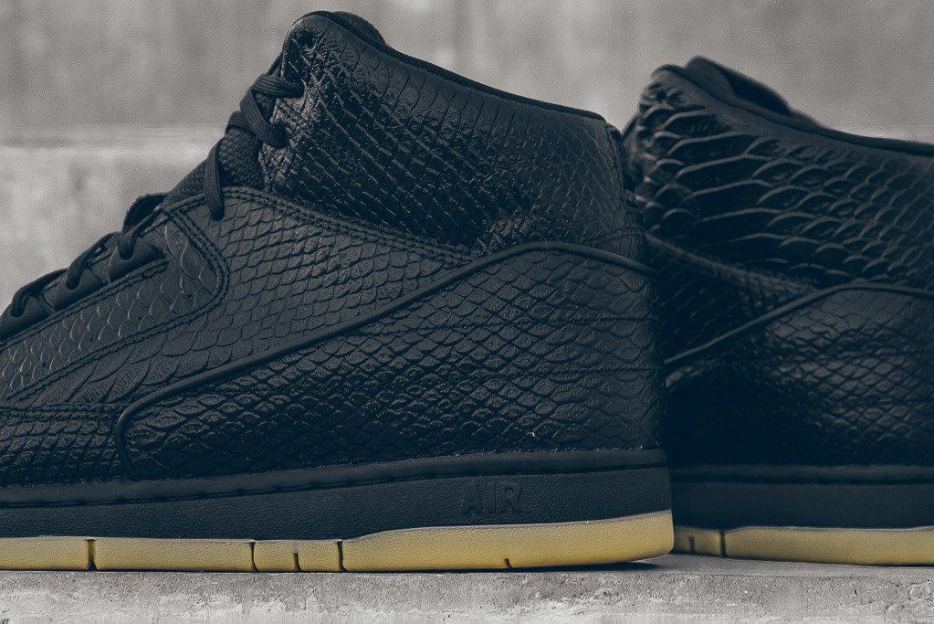 Nike Air Python PRM Black Gum 8