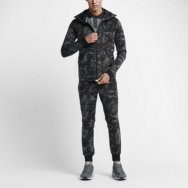 Nike Tech Fleece Camo Pack