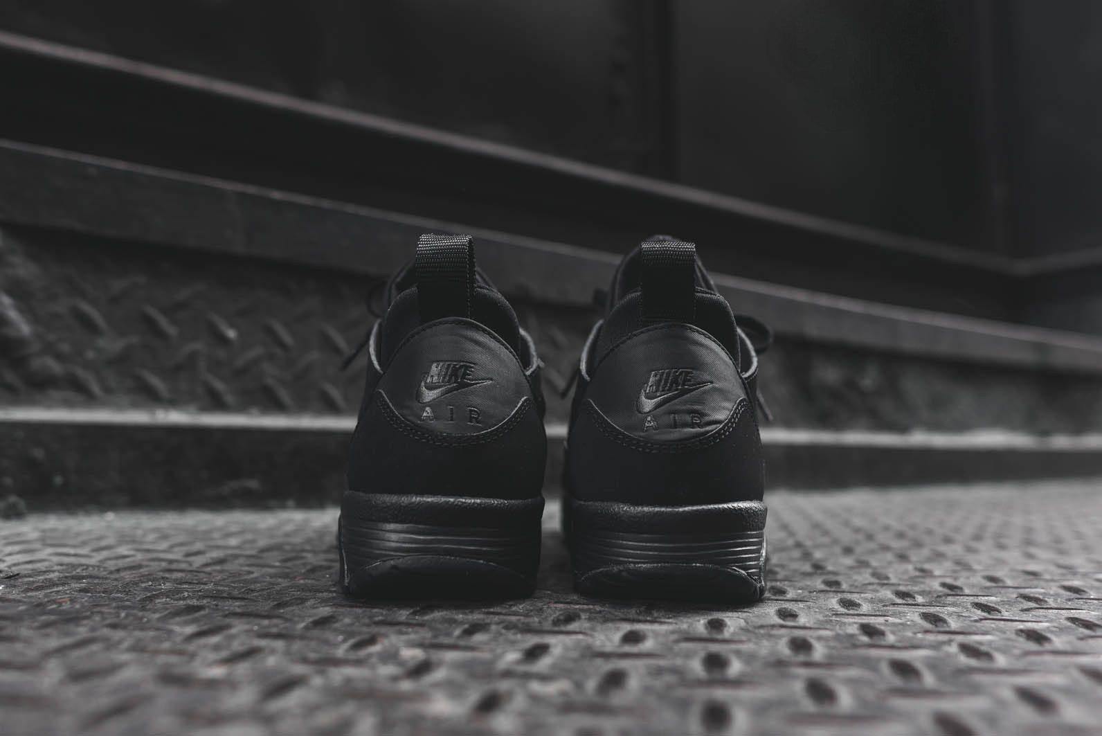 Nike Air Trainer Huarache Low Triple Black 5