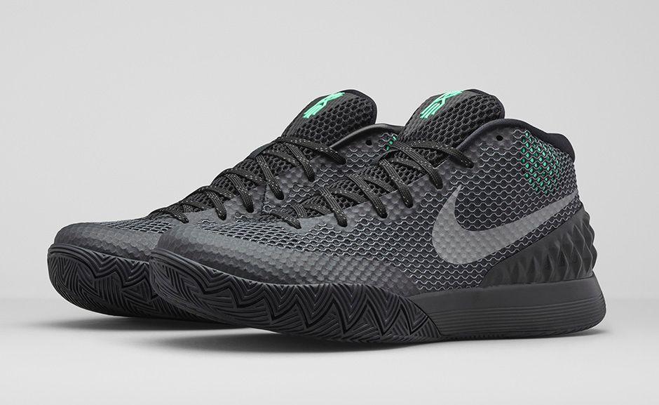 Nike Kyrie 1 Driveaway