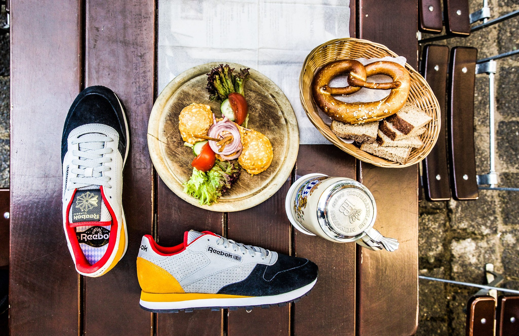 Reebok Classic Leather Oktoberfest Pack 12