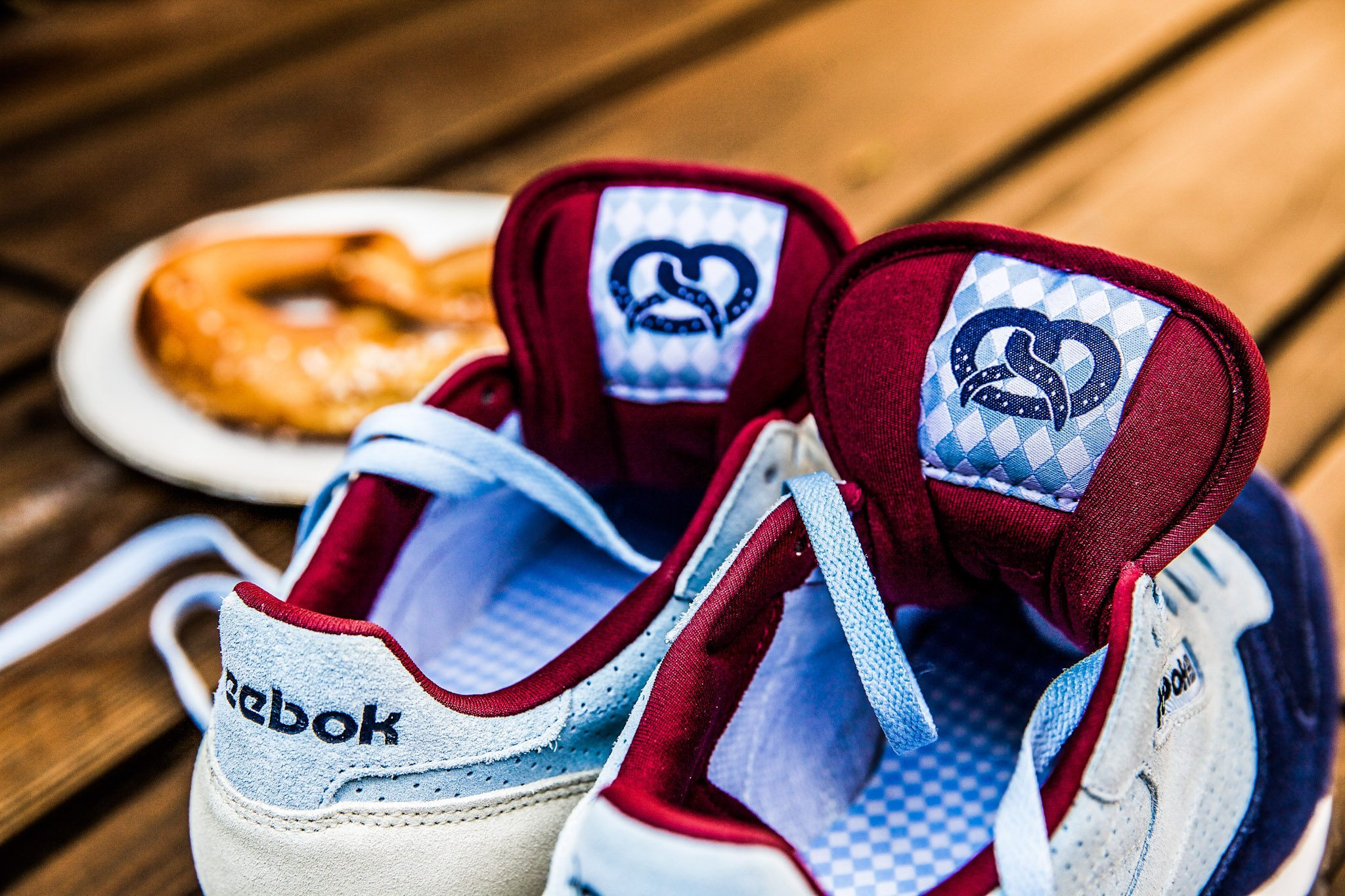 Reebok Classic Leather Oktoberfest Pack 7