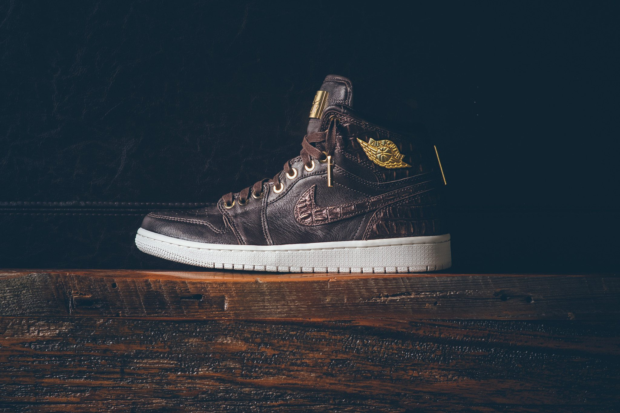 Air Jordan 1 Pinnacle Baroque Brown 9