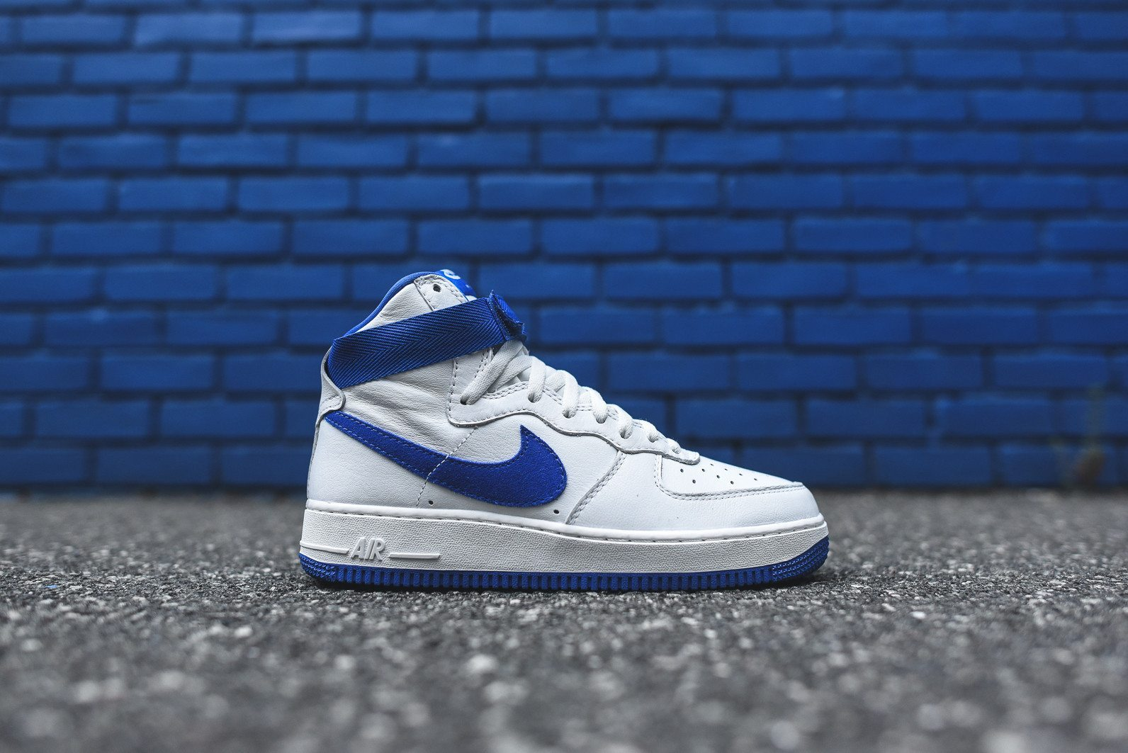 Nike Air Force 1 Hi Retro White Game Royal 2