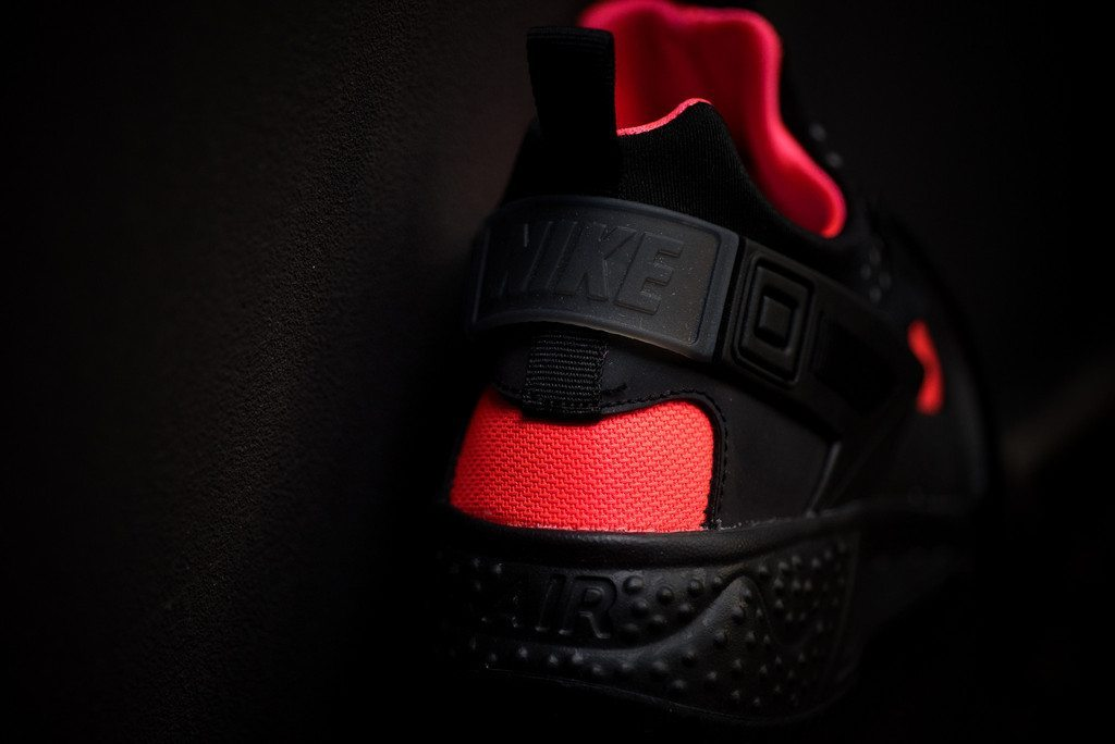 Nike Air Huarache Utility Black Bright Crimson 5