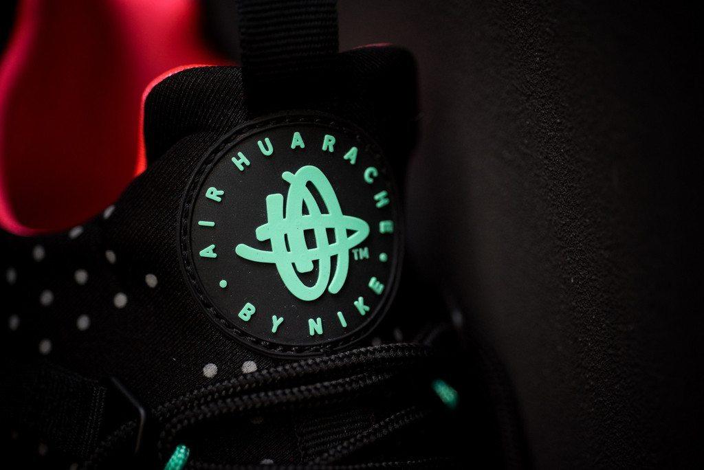 Nike Air Huarache Utility Black Bright Crimson 6